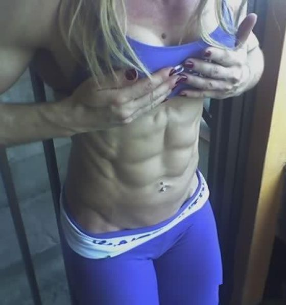 Women With Si Pack Abs Are Gross Proof Years Months Ago
